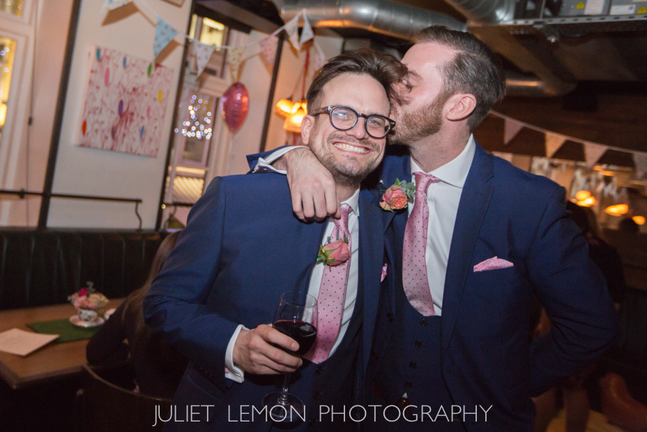 juliet lemon photography putney photographer heddon street kitchen wedding AM_633_OS6A9295