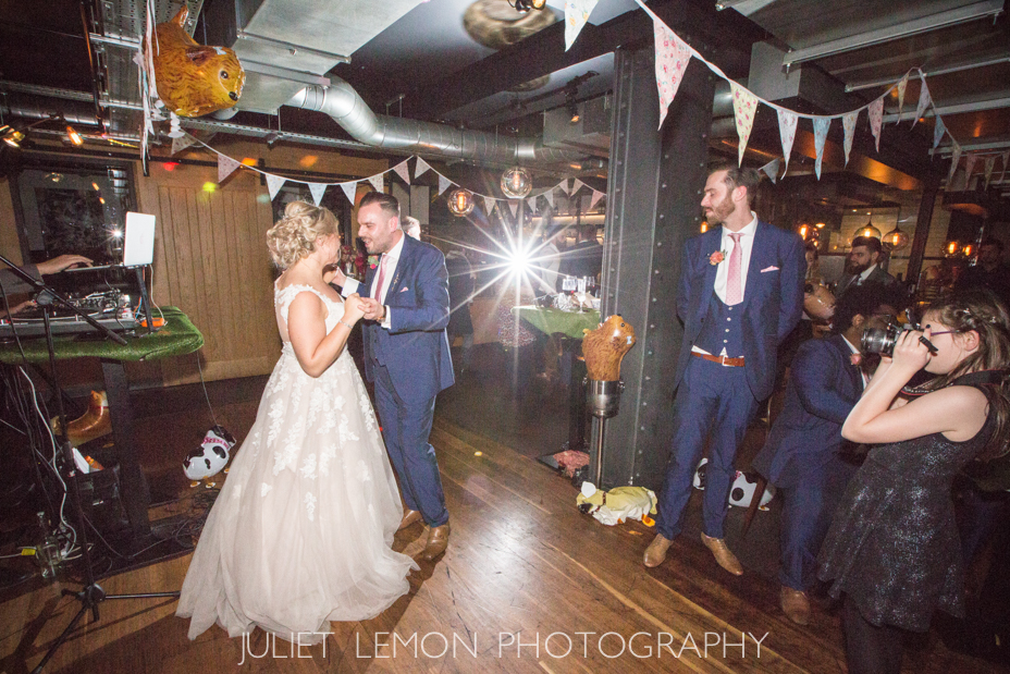 juliet lemon photography putney photographer heddon street kitchen wedding AM_896_OS6A9947