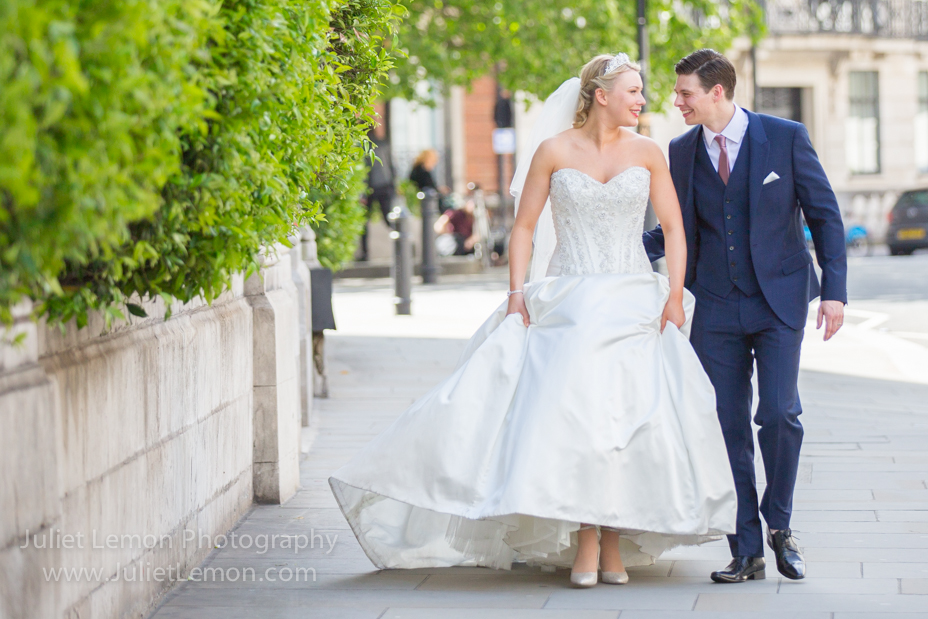 Juliet Lemon photography chandos house wedding photographer RC_001_OS6A9443_bw